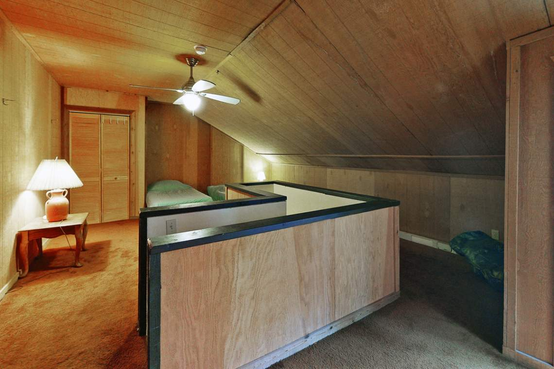Deb-1439-Ski-Run-D3-Bedroom1